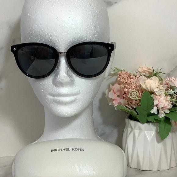 New Michael Kors Sunglasses Vega Alta Black
